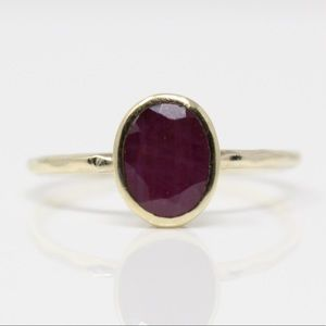 Jewelry - Sterling Gold Plate Hammered Oval Ruby Ring 7